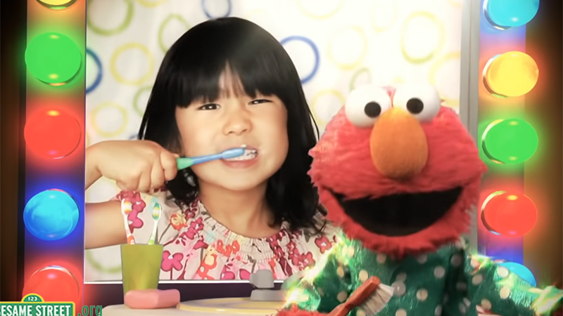 The Brush Brushy Brush song with Elmo