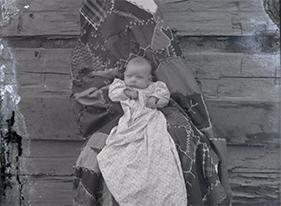 Albert Ewing's 'Hidden Mothers' photography